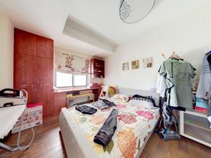 悦城花园一期 5室2厅 206.15㎡_悦城花园一期二手房卧室图片3