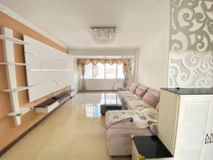 32区住宅楼 3室2厅 85㎡ 整租_深圳宝安区新安租房图片