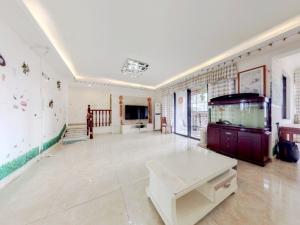 悦城花园一期 3室1厅 153.46㎡ 整租_悦城花园一期租房客厅图片2