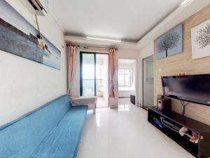 城市东座公寓 2室1厅 49.3㎡ 精装_城市东座公寓二手房客厅图片3