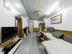 湖滨花园宝安区 4室1厅 82㎡_湖滨花园宝安区二手房客厅图片2