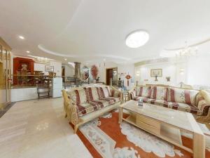 棕榈泉别墅二期 5室3厅 245.41㎡深圳罗湖区银湖二手房图片