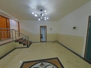 东部阳光花园 3室2厅 125㎡ 整租_东部阳光花园租房客厅图片3